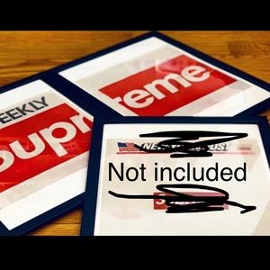 2 Supreme SF Store opening posters and free gifts